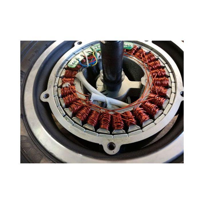 Moteur roue 10'' 600W entraxe 110mm trottinette