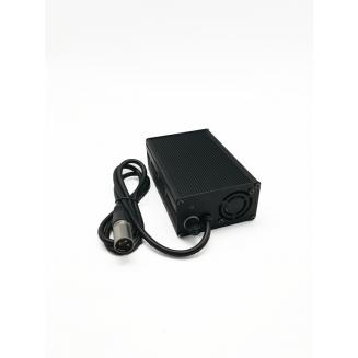 Chargeur 4A pour batterie LIMN, LiPO 18V XLR